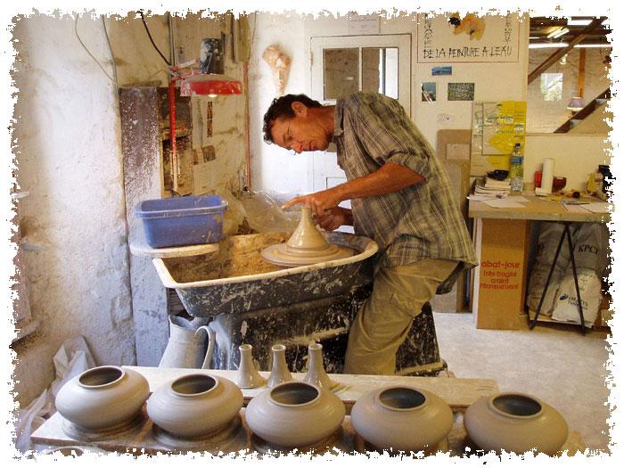 vase th i re bol poterie potier bretagne 22. Black Bedroom Furniture Sets. Home Design Ideas
